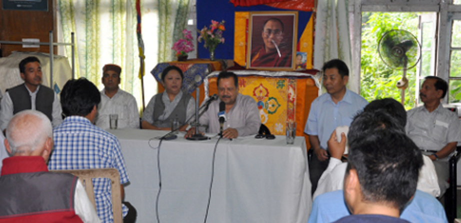 Indian leader speaks of renewed Tibet issue approach