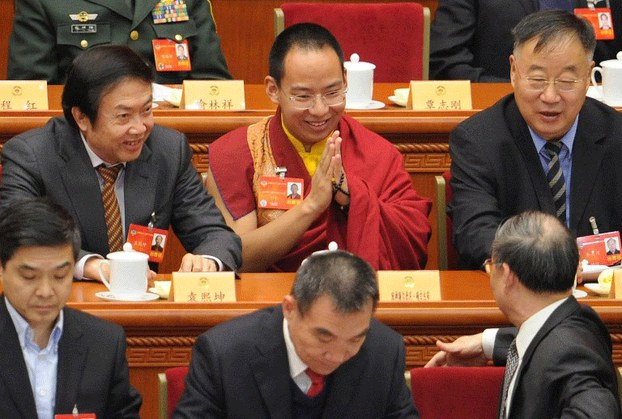 China orders Tibetans to greet imposed top religious figure