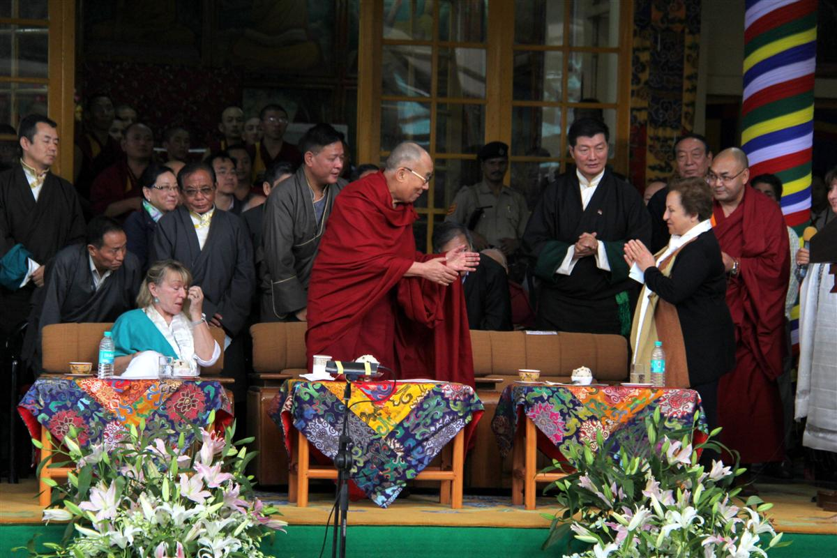 The Dalai Lama flanked by fellow Nobel peace laureates Shirin Ebadi (right) and Jody Williams in Dharamsala. Photograph: Norbu /Tibetan Review