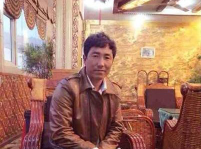 China detains Tibetan businessman after lone protest