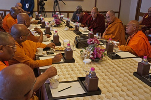 His Holiness the Dalai Lama meeting with senior Sri Lankan monks in New Delhi, India on March 19. 2015. (Photo courtesy/Jeremy Russell/OHHDL)