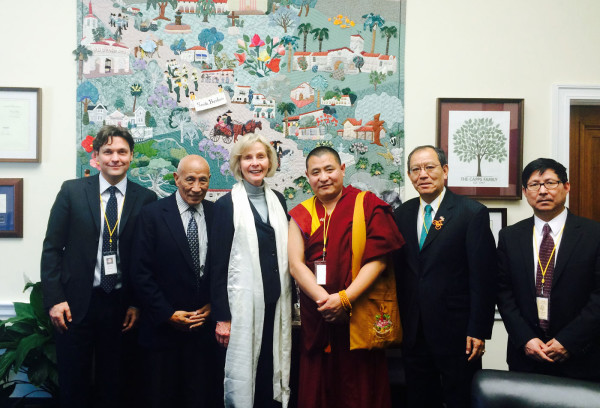 President of ICT Matteo Mecacci, Vice President Bhuchung Tsering, and Tibet Lobby Day participants, meet with Representative Lois Capps from California. (Photo courtesy: ICT)