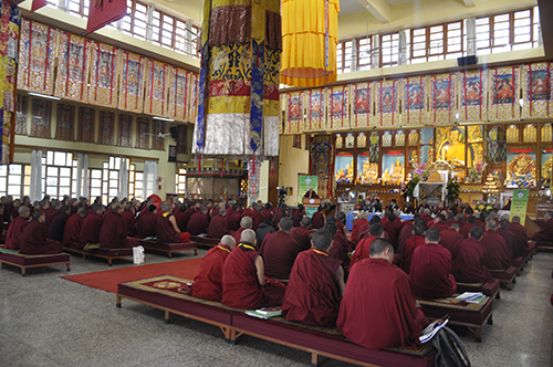 Prof. Samdhong Rinpoche speaking during the inaugural session of the seminar. (Photo courtesy: DIIR/tibet.net)