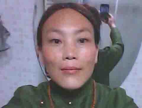 Sangye Tso, a 36-year-old mother of two, torched herself around 4am in front of a Chinese security and re-education building located in the compound of Tashi Choekorling Monastery in Choparshing Village, Dorkok Township.