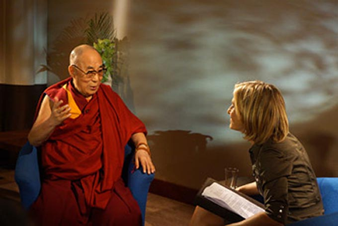 Emily Maitlis of the BBC's Newsnight programme interviewing His Holiness the Dalai Lama in Aldershot, Hampshire, UK on June 29, 2015. (Photo courtesy/Jeremy Russell/OHHDL)