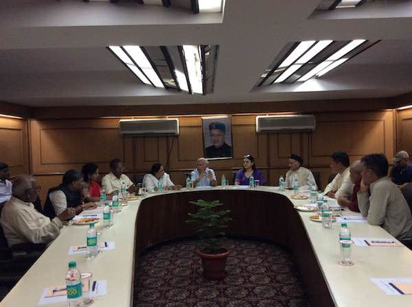 Indian Parliamentarians and members of the Tibetan Parliament discussing the Tibet issue at Himachal Bhavan, New Delhi on Aug 11, 2015. (Photo courtesy: Tibet.net)
