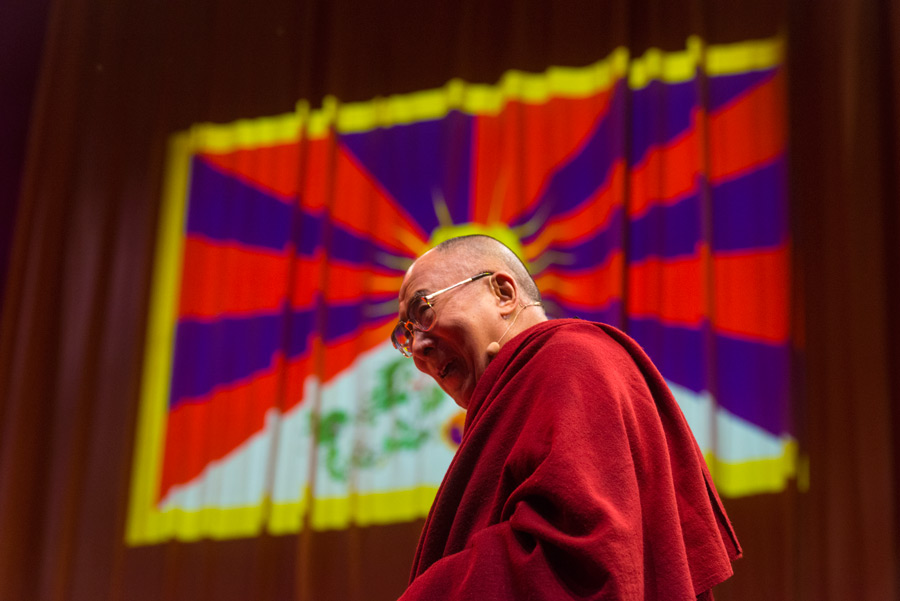 His Holiness the Dalai Lama speaking at the O2 Arena in London, England on September 19, 2015. (Photo courtesy/Ian Cumming/OHHDL)