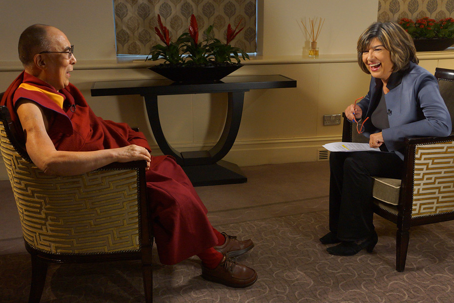 Christiane Amanpour of CNN interviewing His Holiness the Dalai Lama in London, England on September 21, 2015. (Photo courtesy/Jeremy Russell/OHHDL)