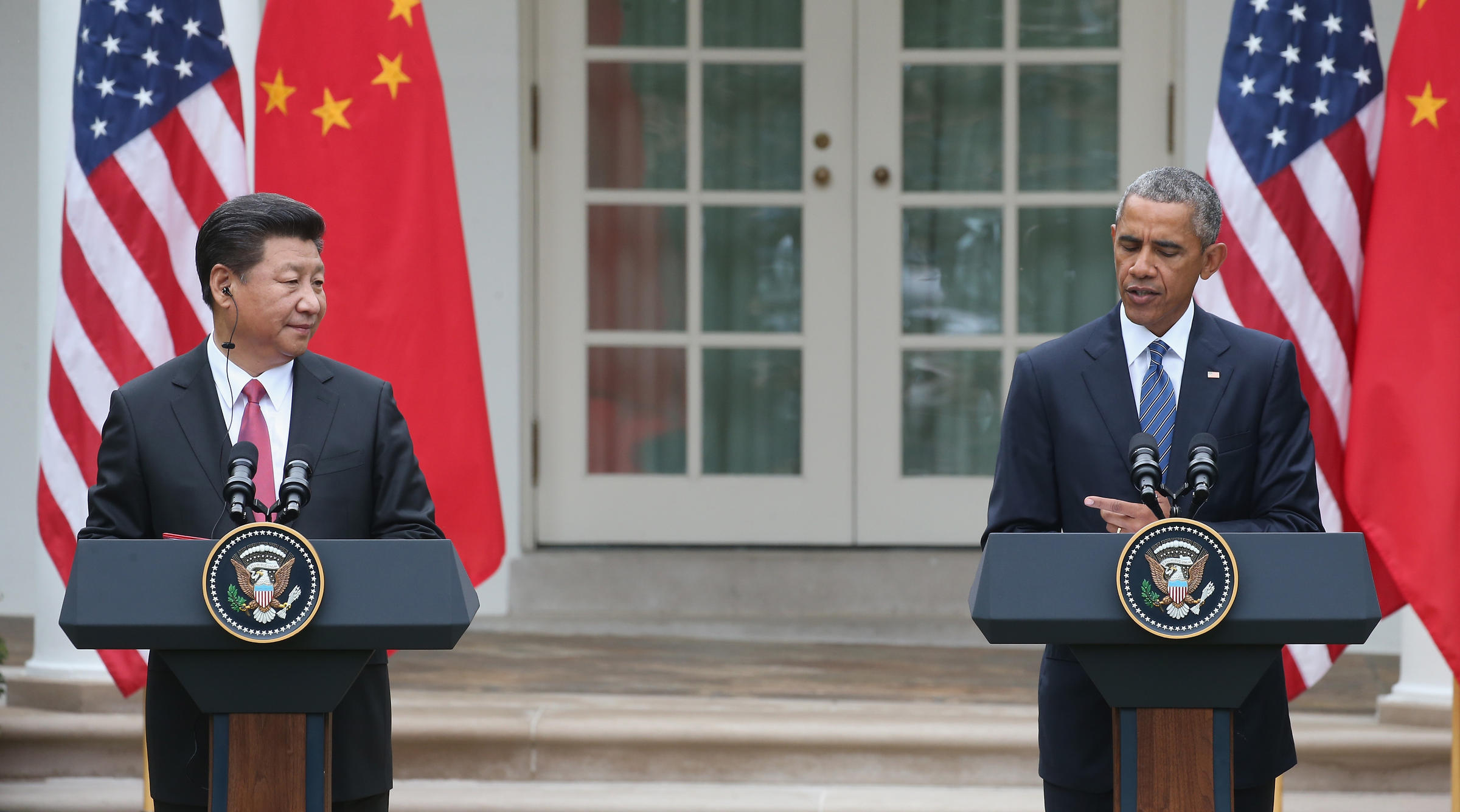 US President Barack Obama and Chinese President Xi Jinping hold a joint-press conference in the Rose Garden as part of a State Visit at the White House in Washington, DC, September 25, 2015. (Photo courtesy: MARK WILSON GETTY IMAGES)