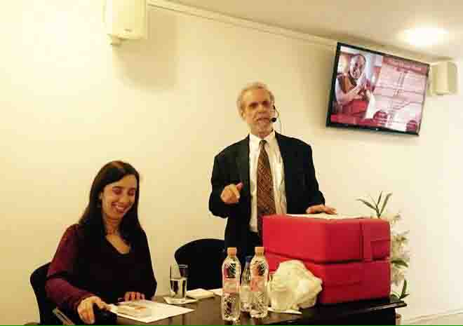 Dr. Daniel Goleman and Prof. Lia Diskin at the launch of Tibet House, Brazil. (Photo courtesy: Tibet.net)