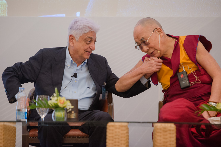 Azim Premji and His Holiness the Dalai Lama at the fourth meeting of the Indian Philanthropy Initiative in Bengaluru, Karnataka, India on December 5, 2015. (Photo courtesy/Tenzin Choejor/OHHDL)