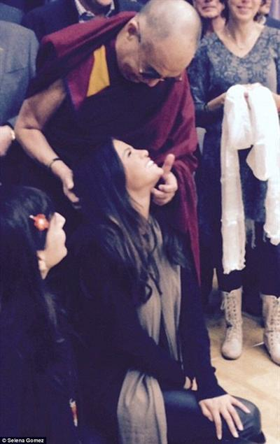 His Holiness the Dalai Lama with Selena Gomez. (Photo courtesy: Selena Gomez)