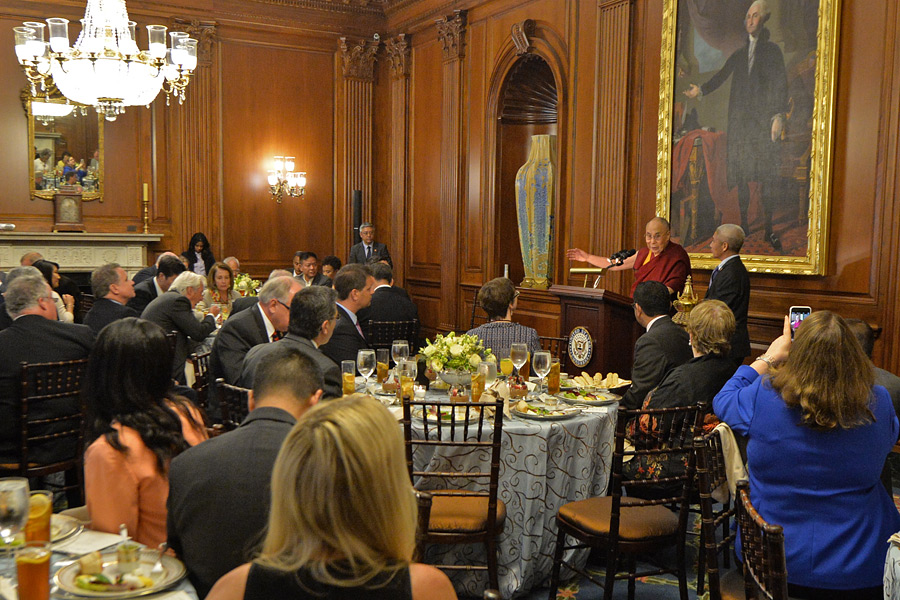 His Holiness the Dalai Lama speaking at a luncheon jointly hosted by House Speaker Paul Ryan and House Minority Leader Nancy Pelosi on Capital Hill in Washington DC, USA on June 14, 2016. (Photo courtesy/Sonam Zoksang/OHHDL)