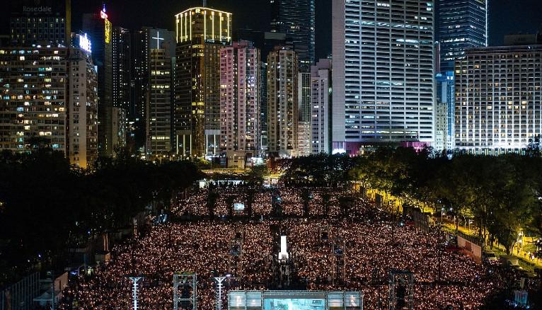 125,000 join Hong Kong vigil to commemorate the 1989 Tiananmen Square bloodbath