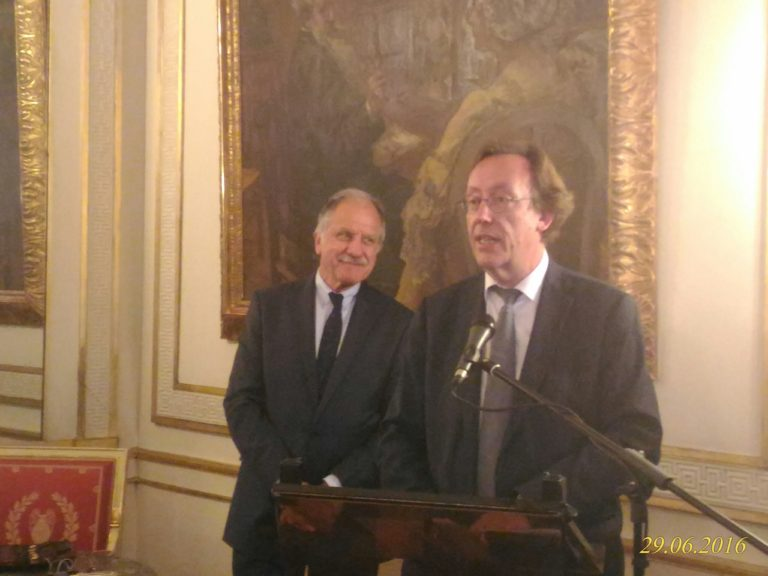 Co-Presidents of Tibet Group in the French National Assembly, Deputy Mr. Jean-Patrick Gilles and Deputy Mr. Noel Mamere. (Photo courtesy: tibet.net)