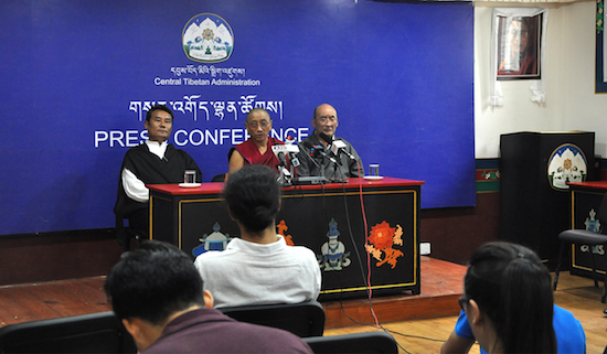 Kalon Ven Karma Gelek Yuthok, Chairman of the Kalachakra organising committee, addressing the press conference on 25 August 2016. Kalon Yuthok is flanked by Security Kalon Phagpa Tsering (left) and Health Kalon Choekyong Wangchuk (right). (Photo courtesy: tibet.net)
