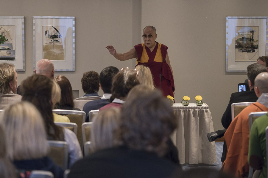 His Holiness the Dalai Lama speaking to a group of Tibet supporters from the Baltic States in Riga, Latvia on October 11, 2016. (Photo courtesy/Tenzin Choejor/OHHDL)