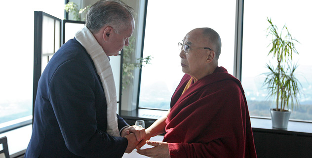 His Holiness the Dalai Lama meeting with President of Slovakia Andrej Kiska over lunch in Bratislava, Slovakia on October 16, 2016. (Photo courtesy/Jeremy Russell/OHHDL)