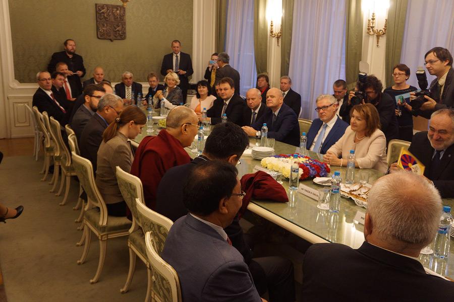 Despite China threats, nearly 50 Czech MP's meet with Dalai Lama