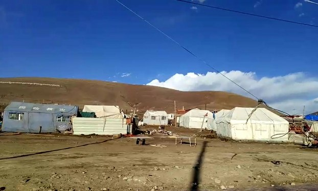 China demolishes hundreds of pilgrims' tents pitched at major Tibetan religious centre
