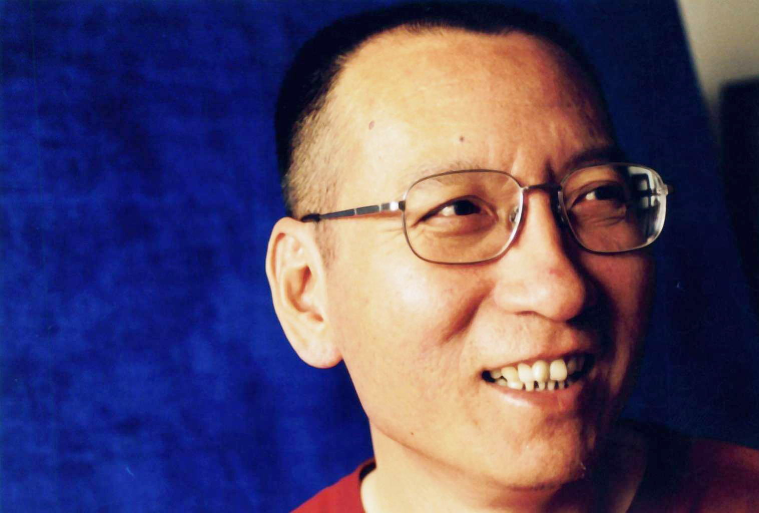 Mr Liu Xiaobo the imprisoned Chinese Nobel Peace Prize laureate, passed away on Thursday night.