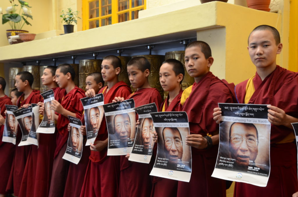 Tibetans remembering Liu Xiaobo. (Photo courtesy: Tibet.net)