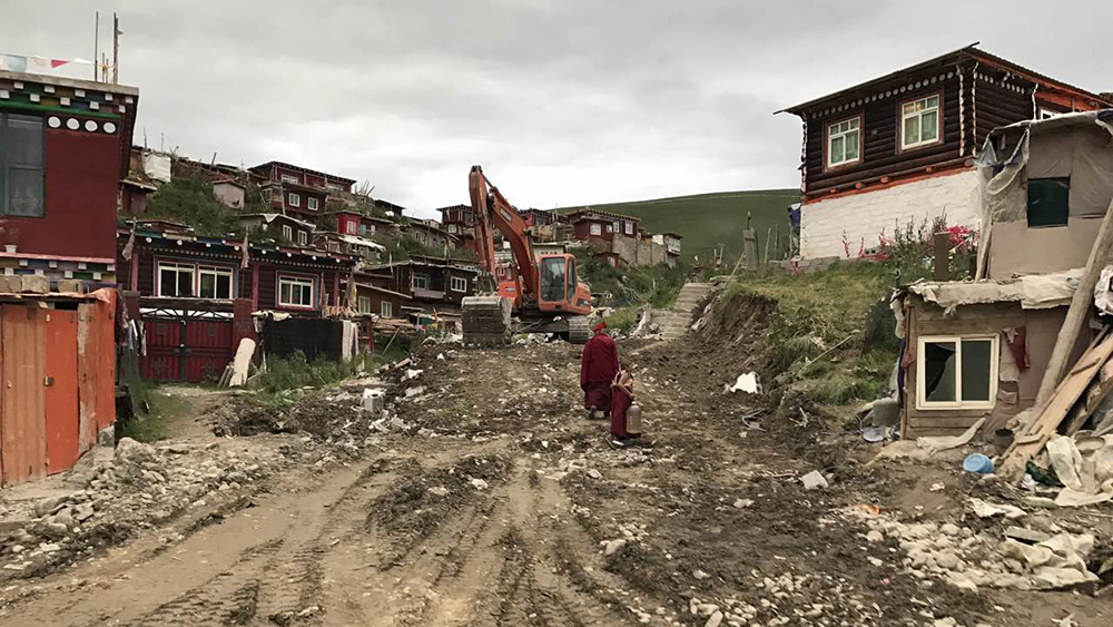 China has resumed its massive demolition work at the Yachen Gar Buddhist Centre in Palyul (Chinese: Baiyu) County of Karze (Ganzi) Prefecture, Sichuan Province. (Photo courtesy: RFA)