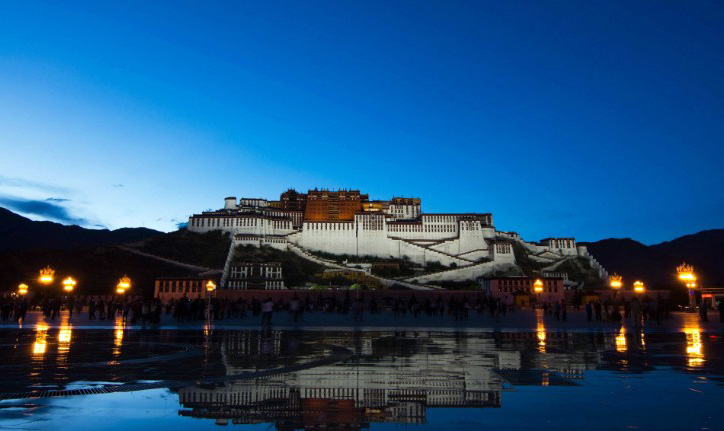 Potala Palace in Tibet's capital Lhasa. (Photo courtesy: CNN)