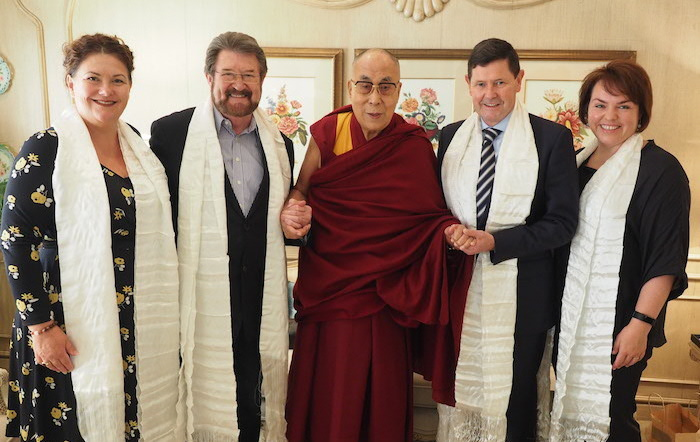 embers of the Australian parliamentary delegation with His Holiness the Dalai Lama. (Photo courtesy/Jeremy Russell/OHHDL)