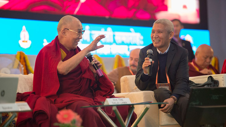 His Holiness the Dalai lama commenting on the presentation at the conference on Mind in Indian Philosophical Schools of Thought and Modern Science at the Central Institute of Higher Tibetan Studies in Sarnath, Varanasi, India on December 30, 2017. (Photo courtesy: Lobsang Tsering/OHHDL)