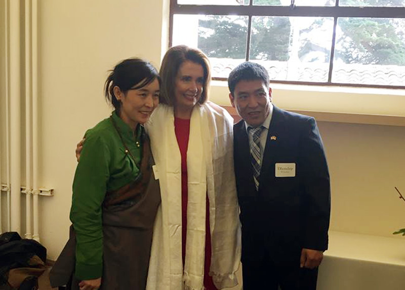 US House Minority Leader publicly welcomes Tibetan filmmaker after his escape from Chinese rule