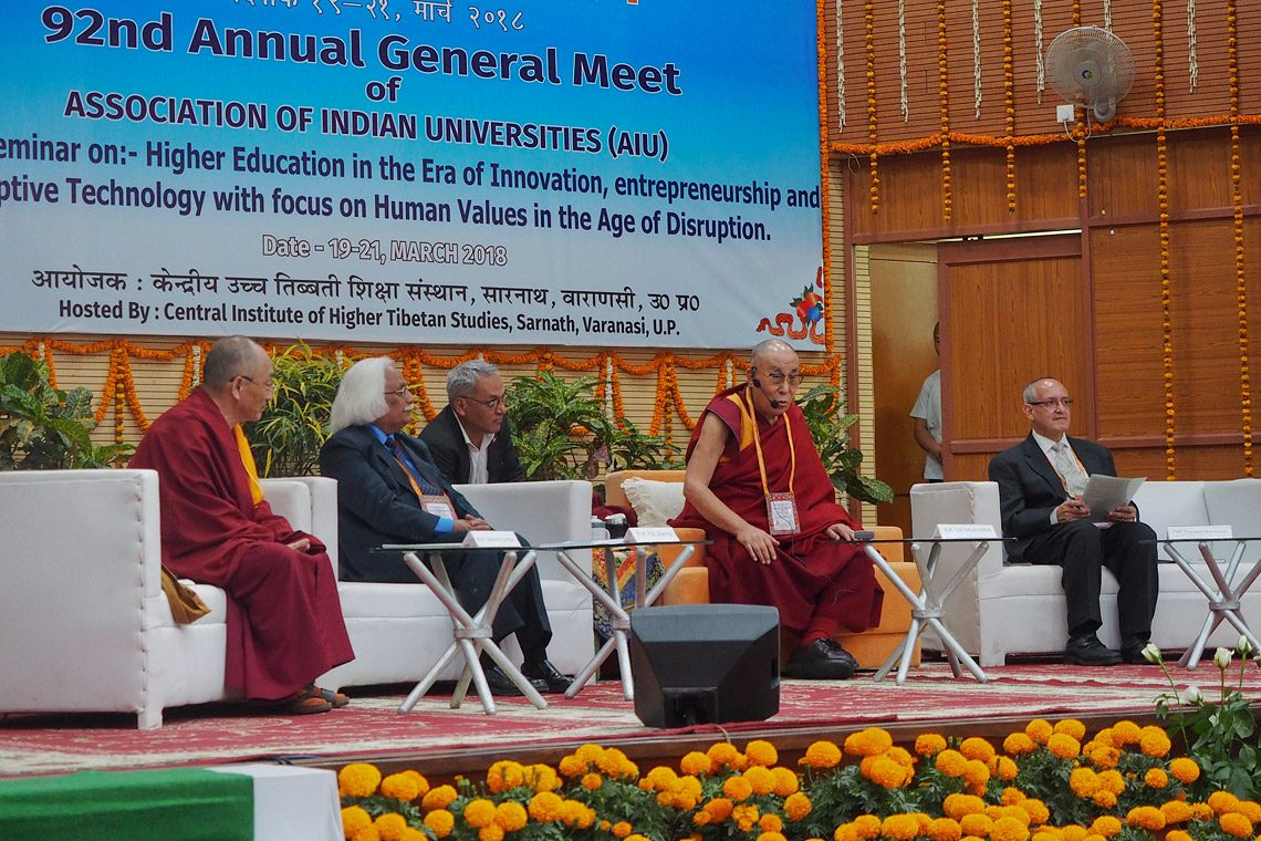 Dalai Lama presides over top Indian academics' seminar on secular ethics