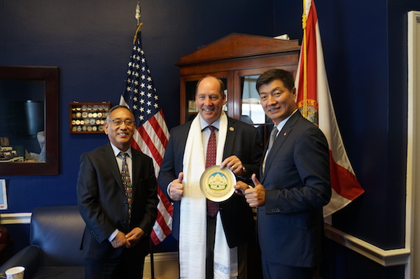 CTA President Dr Lobsang Sangay and Representative Ngodup Tsering with US Congressman Ted Yoho in Washington DC. (Photo courtesy: Tibet.net)