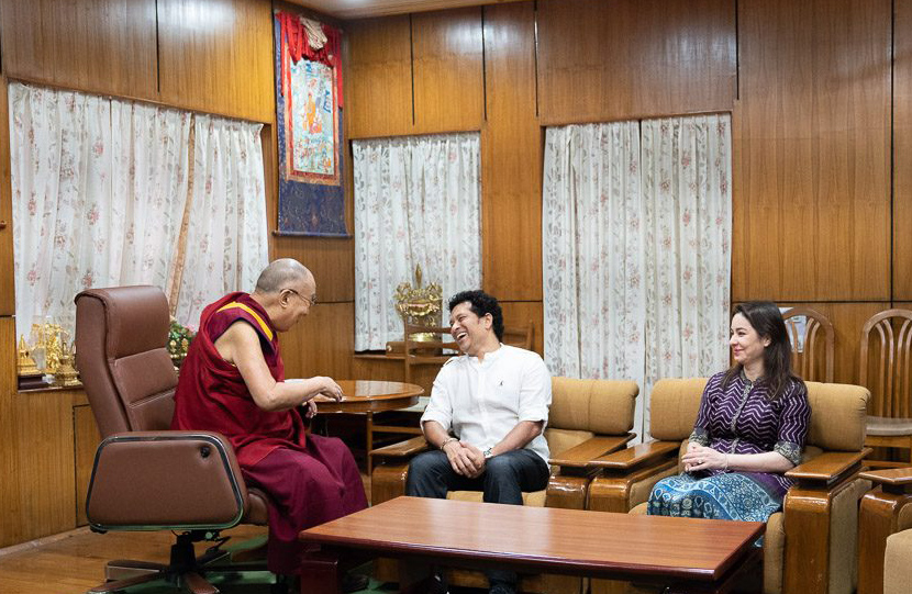 India's living cricketing legend, Sachin Tendulkar with his wife Anjali called on Tibet's exiled spiritual leader, the Dalai Lama at his adopted home in McLeod Ganj, Dharamshal. (Photo courtesy: OHHDL)