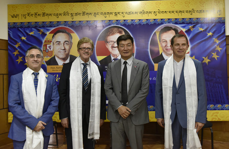 President Dr Lobsang Sangay with MEP Thomas Mann, MEP Csaba Sogor and MEP Ramon Tremosa at the felicitation ceremony at Gangchen Kyishong, 7 May 2018. (Photo courtesy/Tenzin Phende/DIIR)