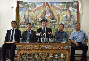 From Left: Chief Resilience Officer Kaydor Aukartsang, Finance Kalon Karma Yeshi, CTA President Dr Lobsang Sangay, Finance Secretary Trinley Gyatso and Chief Planning Officer Dr Kunchok Tsundue at the press conference on 22 May 2018. (Photo courtesy: Tenzin Phende/DIIR)