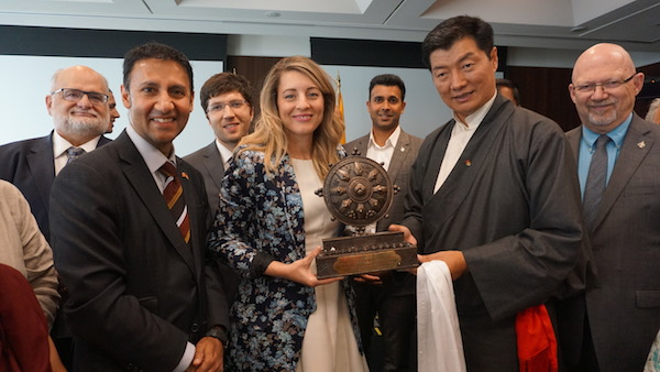 CTA President Dr Lobsang Sangay presenting Ashok Chakra to Melanie Joly, Canadian Minister of Heritage at the Thank You Canada event. (Photo courtesy; TIBET.NET)