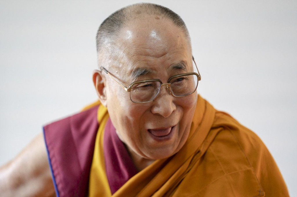 Dalai Lama receives pledge of harmony from Buddhists and Muslim of Zanskar, Ladakh
