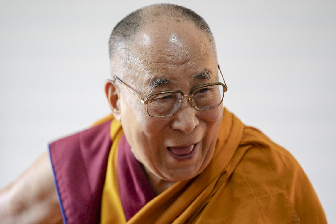Dalai Lama looks for good rest after and before busy schedules