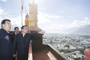Chinese Premier Li Keqiang at the Potala Palace in Lhasa, Tibet on July 27, 2018. (Photo courtesy: Xinhua/Huang Jingwen)
