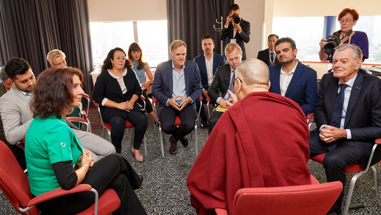 His Holiness the Dalai Lama meeting with Dutch Parliamentarians in Rotterdam, the Netherlands on September 17, 2018. (Photo courtesy: Olivier Adam/OHHDL)