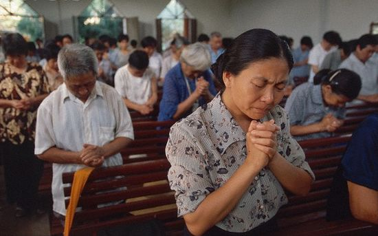 China tightening the field of religious citizenry – state employees, students told to give up religious belief