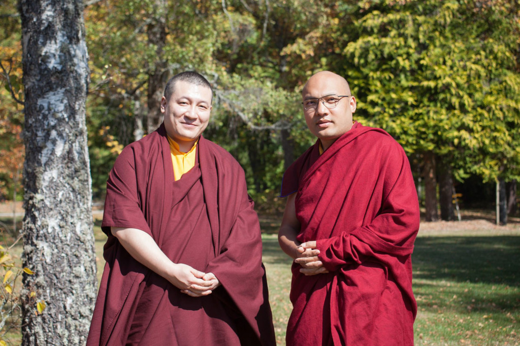 The two claimants to the title of the 17th Karmapa, Thaye Dorje (left) and Ogyen Trinley Dorje, meet for the first time in France. (Photo courtesy: tricycle)