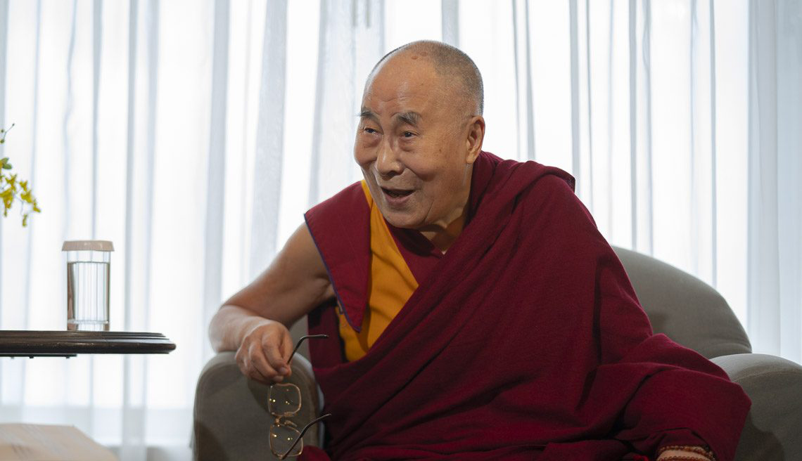 Dalai Lama says no need to rush his successor issue