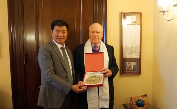 President Dr. Lobsang Sangay of Central Tibetan Administration with Senator Patrick Leahy, 15 November 2018. (Photo courtesy: TIBET.NET)