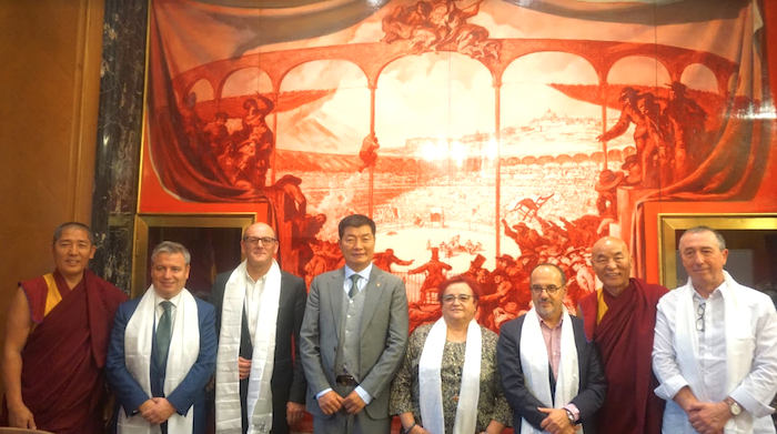 CTA President Dr Lobsang Sangay with members of the Spanish Parliament, 31 October 2018. (Photo courtesy: Sikyong Office)