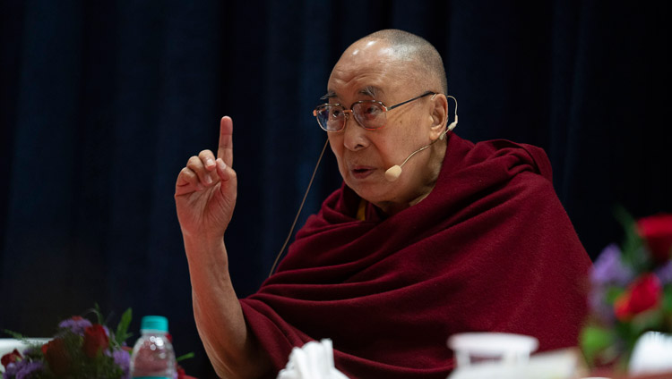 Dalai Lama emphasizes secular ethics in his Mumbai public discourses