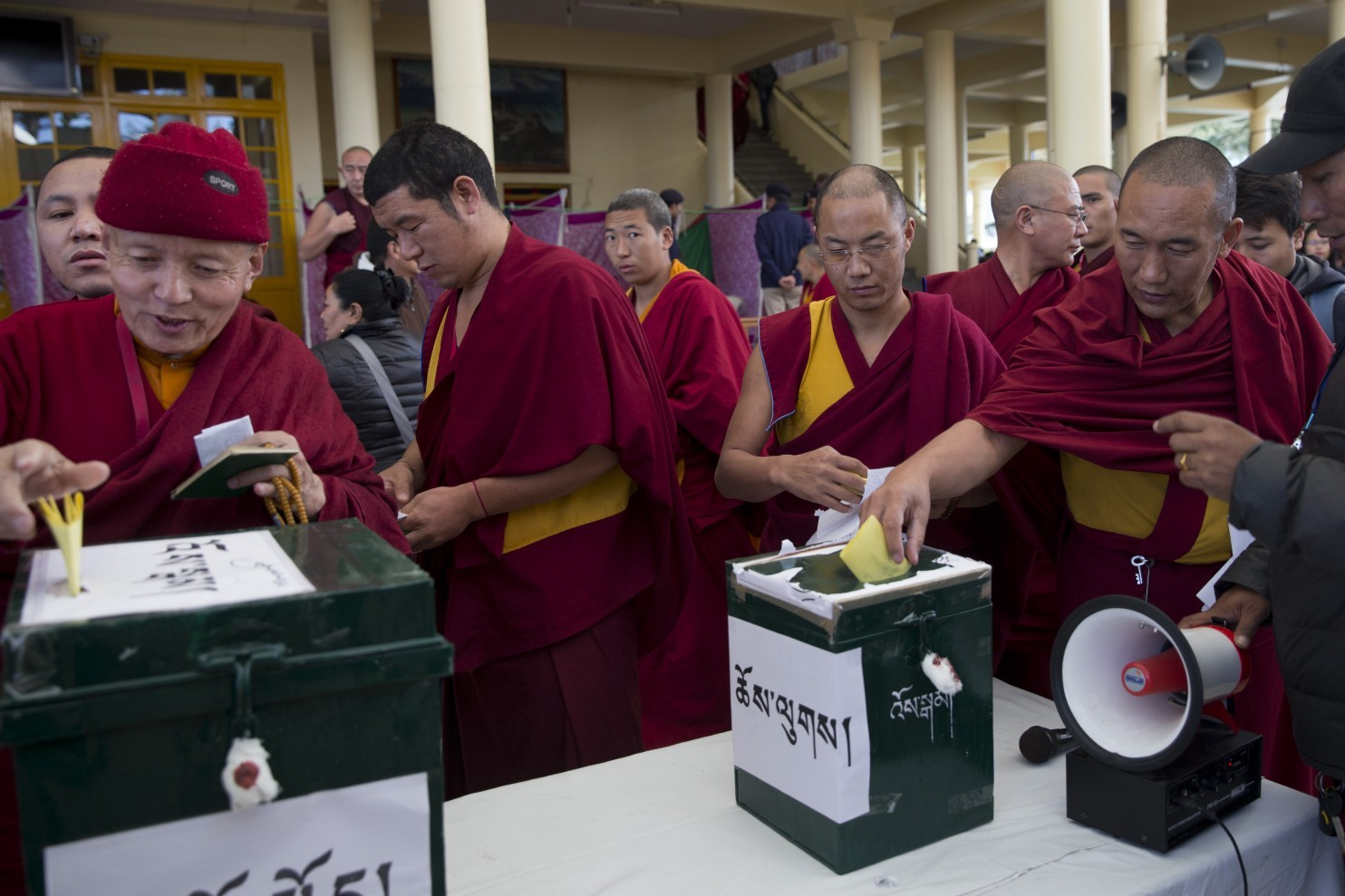 Tibetan election in India. (Photo courtesy: Asianews.it)