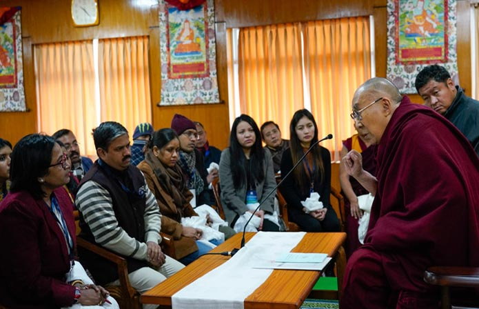 Dalai Lama addresses young Indian scholars on Tibet studies