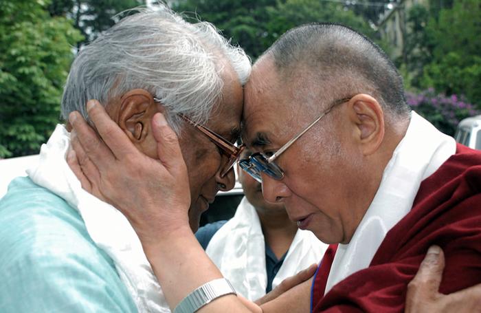 Dalai Lama saddened by passing of George Fernandes